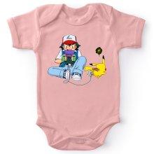 Body bébé (Filles)  parodique Pikachu et Sasha Ketchum : Batterie de secours :) (Parodie )