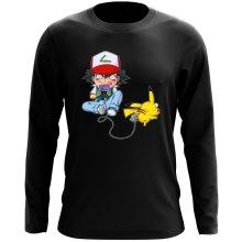 T-Shirt à manches longues  parodique Pikachu et Sasha : Batterie de Secours (Super Deformed) (Parodie )