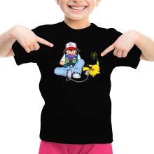 T-shirt Enfant Fille  parodique Pikachu et Sasha Ketchum : Batterie de secours :) (Parodie )
