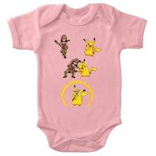 Body bébé (Filles)  parodique Pikachu et Sherlock Holmes aka Détective Pikachu : Une Fusion élémentaire... :) (Parodie )