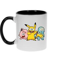 Mugs  parodique Bob, Carlo et Patrick cosplayés en Pikachu, Carapuce et Rondoudou : Une troupe de joyeux Cosplayers :) (Parodie )
